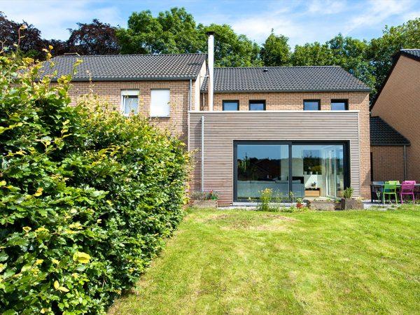 <span>Extension d'une habitation à Liège</span><i>→</i>